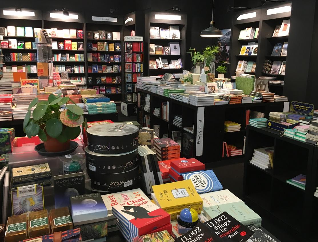 Het boek – Herfsttijd, leestijd, boekenbeurstijd!
